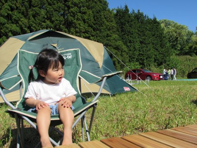 キャンプ場の子ども
