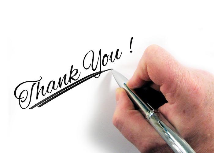 ありがとうとペンで書く
