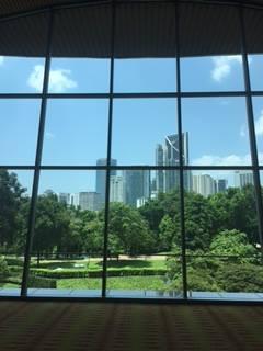 窓からみるマレーシアの風景