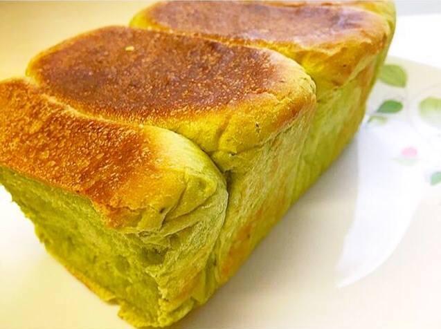 抹茶ミルクミニ食パン