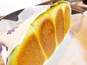 焼き色がついた抹茶ミルク食パン