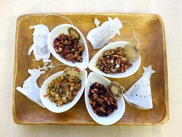 サンタ・トナカイ・雪だるま・ツリーの、クリスマスのモチーフとした4種セット