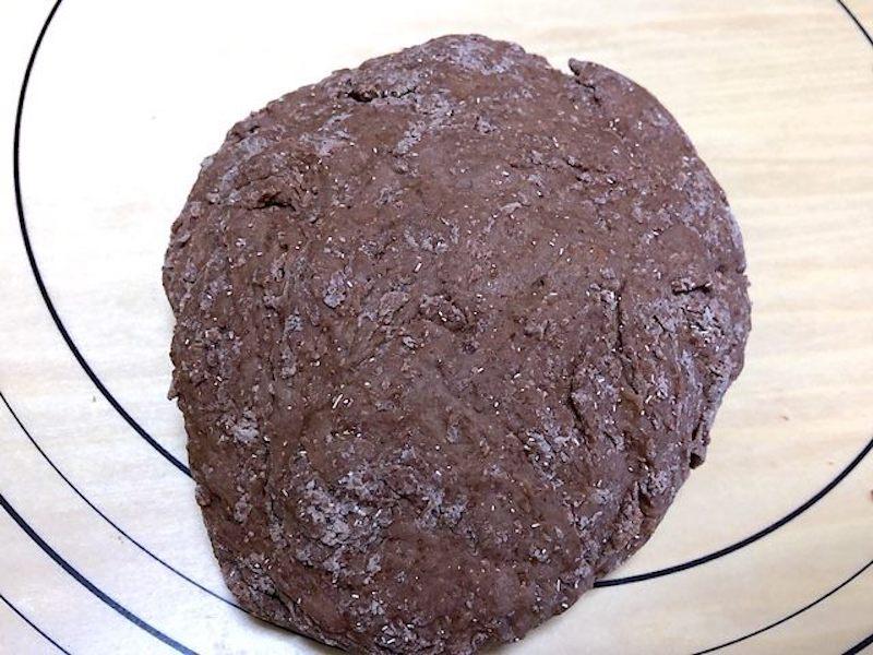 ココア豆乳パンの生地